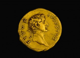 Une pièce d'or vieille de 2000 ans, à l'effigie d'un empereur romain