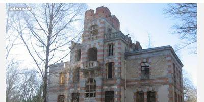 Chateau A Restaurer Dans La Creuse
